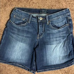 Lucky Brand The Roll Up 4/27 Jean Shorts